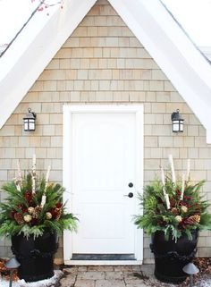 20 Beautiful Winter Planter Ideas Beautiful winter planter ideas for your outdoor Christmas decorations. These versitile winter planters can decorate your porch November through February. Outdoor Christmas Planters, Christmas Urns, Christmas Entryway, Office Christmas Decorations, Fall Planters, Outdoor Planters, Holiday Decor, Outdoor Decorations, Large Planters