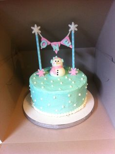 Winter ONEderland Birthday Cake I may have to make this for my