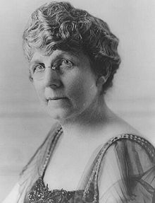 """#31 Mabel Kling """"Flossie"""" Harding (previously DeWolfe; August 15, 1860, Marion,Ohio-November 21, 1924),wife of President Warren G. Harding,was the First Lady of the US from 1921 to 1923.She married the somewhat-younger Harding when he was a newspaper publisher in Ohio, and she was acknowledged as the brains behind the business. Known as The Duchess, she adapted well to the White House, where she gave notably elegant parties.Warren, aged 25, married Florence, aged 30."""