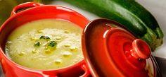 Zucchini and Summer Squash Soup Recipe Blender Recipes, Kitchen Recipes, Soup Recipes, Vegetarian Recipes, Churros, Summer Squash Soup, Pulses Recipes, Dairy Free Soup, Zucchini Soup
