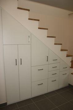 1000 images about rangement hall on pinterest - Rangement sous escalier ...