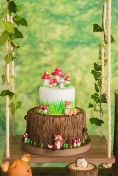 Woodland forest cake from an Enchanted Forest Birthday Party on Kara's Party Ide. Fairy Birthday Party, Garden Birthday, Birthday Parties, Birthday Ideas, Cake Birthday, Baby Shower Cakes, Woodland Theme Cake, Woodland Party, Woodland Fairy Cake