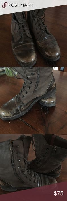 Distressed combat boot made in Italy Double zipper and lace up combat style boot. Made in Italy, gently worn Progetto Shoes Combat & Moto Boots