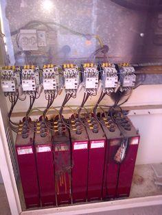Falta de mantenimiento en los automatismos provoca que se quemen otros componentes electricos. Realizar un mantenimiento preventivo cada año.
