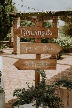 Ideas originales para bodas: ¿cómo incluir la cartelería en vuestro enlace? #ideas #carteles #carteleria #diy #decoración #mensajes #cartelesdeboda #bodas #bodasnet #wedding