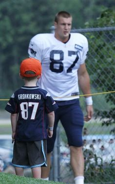 Rob Gronkowski such a cute photo