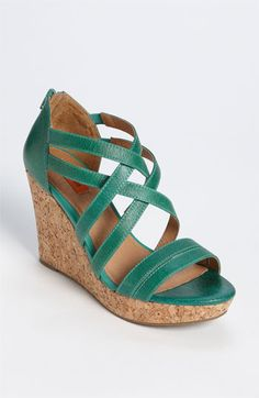 Wouldn't these be sweet with a white or black summer dress?