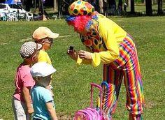 Детский клоун на празднике