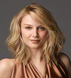 MISTY-This year is all about the long bob, says Scrivo. A fresh take on the traditional one, this cut hits just above the collarbone. Long layers mean less bulk for a sleek, sophisticated style.    Snip Tip  Ask for hair to be cut dry with the ends in a solid crisp line.