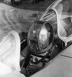 || Erwin Ziller in Dräger pressure suit for Ho-IX/Go-229, a German stealth test plane, circa 1940s