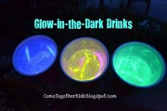 Glow in the dark drinks, cool for night time parties, fourth of July, etc. Sandwich a glow stick between a plastic cup and a clear plastic cup, fill with clear soda like Sprite.
