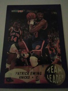 1992-93 Fleer Team Leaders #18 Patrick Ewing New York Knicks Basketball Card #NewYorkKnicks