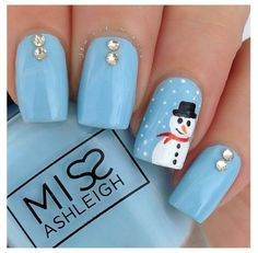 Cute snowman nails for winter!