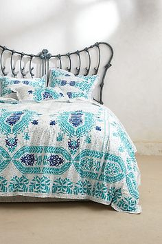I'd never leave my bed if it looked this pretty. Everything about this is a YES! Abaza Duvet #anthropologie