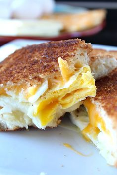 Fried Egg Grilled Cheese Sandwich is a delicious breakfast sandwich with fried eggs, two type of cheese and then grilled to a golden brown. Breakfast Specials, Breakfast For Dinner, Breakfast Dishes, Breakfast Recipes, Breakfast Ideas, Breakfast Sandwiches, Sandwich Recipes, Egg Recipes, Brunch Recipes