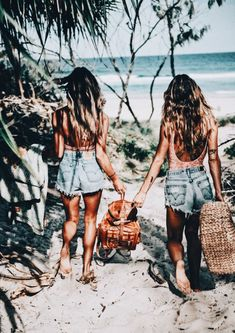 Bff paradise beach hair tan on we heart it Photo Summer, Summer Pictures, Beach Pictures, Travel Pictures, Photos Bff, Friend Photos, Friend Pictures, Summer Goals, Summer Of Love