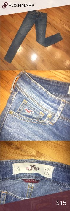 Hollister light wash skinny jeans Light wash. Skinny jeans. Womens. Size 1R. SoCal stretch. Great condition. Hollister Jeans Skinny