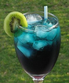 Funky Cold Medina ~ 1.5 oz. Vodka 1.5 oz. Southern Comfort 1.5 oz. Blue Curacao 1.5 oz. Cranberry Juice Kiwi wheel for garnish