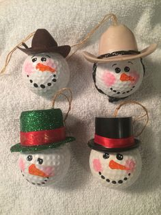 Golf Ball Crafts My snowman golf ball ornaments More - Snowman Crafts, Holiday Crafts, Holiday Fun, Christmas Projects, Holiday Ideas, Christmas Ideas, Christmas Balls, Christmas Snowman, Christmas Ornaments