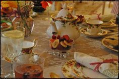 A Fanciful Life: It's Tea Party Time