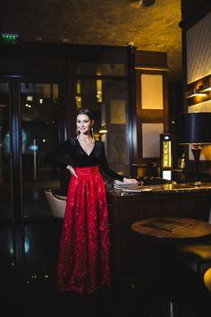fusta rosie lunga dantela si tulle colectia Special Events 2016.17 Royal Queen