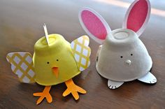 Spring Bunnies & Chickies from egg carton. SO cute! #easter