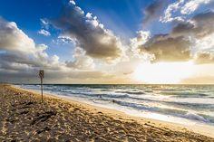 Sunset at Scarborough Beach  baotloi.tumblr.com  http://baoloi.500px.com/#/0   http://www.flickr.com/photos/baotloi/   https://www.facebook.com/BaoLoiPhoto