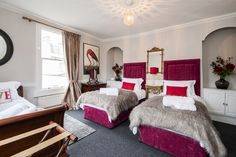 Hiplets The Governor's; - Townhouses for Rent in Bath, United Kingdom Townhouse For Rent, Renting A House, United Kingdom, Bath, Luxury, Room, Family Holiday, Furniture, Centre