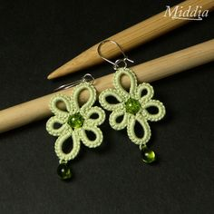 Pretty green tatted earrings. Easy to make, too.