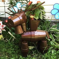 Moose planter. Wasn't a easy craft to make. I feel the end product turned out excellent.