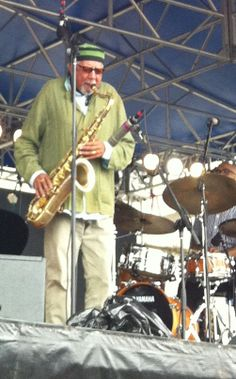 Picture I took of Charles Lloyd at the Newport Jazz Festival August Jazz Blues, Blues Music, Assassin, Newport Jazz Festival, Sax Man, 70s Punk, Herbie Hancock, The Jam Band, Jazz Artists