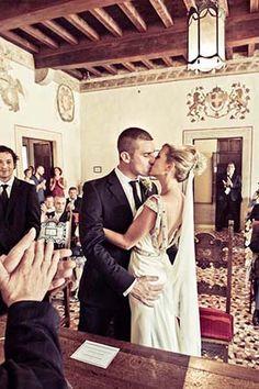 Beautiful wedding in Italy. Photography by www.mauropozzer.com #acitywedding #city #wedding