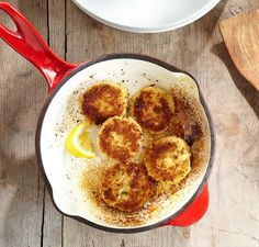 Enjoy restaurant quality crab cakes at home with this #recipe by @RickGresh http://spr.ly/6012BHkpO