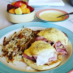 One my favorite breakfast dish. Room service is a favorite. The life of Las Vegas. #breakfast #brunch #dish #english #muffin #poached #egg #bacon #ham #hollandaise #sauce #bemaifoodie