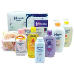 The perfect baby shower gift! This Johnson's baby bedtime gift pack contains Johnson's baby Shampoo 200ml, baby Bedtime bath 200ml, baby Oil 200ml, baby Top-to-toe bath 500ml, baby Powder 100g, baby Skincare wipes fragrance free 80's, baby Skincare wipes 20's, baby Sorbolene cream with 10% glycerine 500ml, baby Cotton buds 60pk applicators and Ultraform nursing pads 24's. Also included is an exclusive Johnson's baby hooded towel 75 x 75cm. Get it at Livshop today!