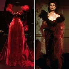 Hollywood Costume Exhibition V Scarlet (Viviene Leigh), Gone with the Wind, 1939 - my favorite of all of her dresses. Scarlett O'hara, Beautiful Costumes, Beautiful Gowns, Vintage Dresses, Vintage Outfits, Vintage Fashion, Rhett Butler, Hollywood Costume, Iconic Dresses
