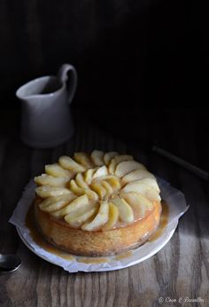 Apple & cinnamon cheesecake with toffee