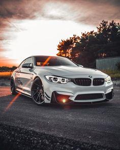 Ammmazing photo ///M4 Owner: @m4npower  Photo by @m4ikeyspikey  Tag us #BMW_World_UA #BMWRLDUA Crew: @launchctrl @bmwrldua @bmw.mpower.ua @m3piotr @bmwcoool @ms_gr4y