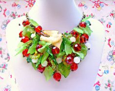 Green Red Christmas Necklace, Kitsch Christmas Statement Necklace, Christmas Jewelry, Christmas Assemblage Necklace, Holiday Jewelry