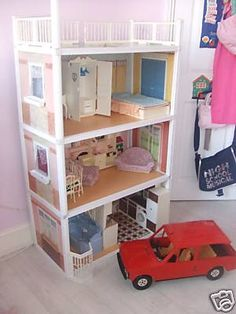 This is the Sindy house I had a child.Bigger than my Barbie townhouse. At my house, Sindy and Barbie were next door neighbours. My Childhood Memories, Childhood Toys, Retro Toys, Vintage Toys, Sindy Doll, Barbie House, Old Toys, The Good Old Days, Barbie Townhouse