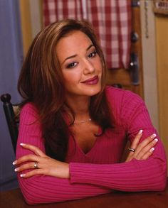 """Leah Remini - King of Queens"" Still one of my fav actresses, she played that role perfectly lol. King Of Queens, Church Of Scientology, Beautiful People, Beautiful Women, Amazing People, Pretty People, Queen Photos, Queen Love, Star Wars"