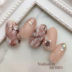 いいね!423件、コメント3件 ― Mariko tanabeさん(@nailsalonmomo)のInstagramアカウント: 「#nail#nails#nailart#nailstagram#autumnnails…」 Perfect Nails, Gorgeous Nails, Pretty Nails, Japanese Nail Design, Japanese Nail Art, Beige Nails, Work Nails, Cute Toe Nails, Manicure Y Pedicure