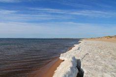 is på stranden - vår i sverige