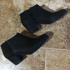 Lucky Brand black leather booties Very comfortable, great with leggings, jeans and skirts Lucky Brand Shoes Ankle Boots & Booties