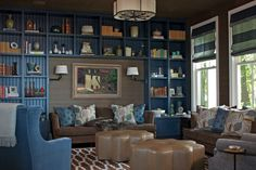 From classic paneled walls to blue lacquered ceilings, these stunning home library designs display impressive collections on the shelves. Let these library ideas from the world's top designers inspire your own reading nook. Home Library Rooms, Home Library Design, Home Libraries, House Design, Library Wall, Dream Library, Muebles Home, Library Inspiration, Library Ideas