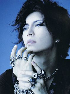 Masāki | Gackt Camui. Don't know which I love more, him or his jewelry...yeah, it's both!