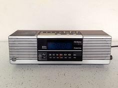 Vtg GE General Electric AM/FM Stereo Blue Digital Dual Alarm Clock Radio 7-4945A #GE
