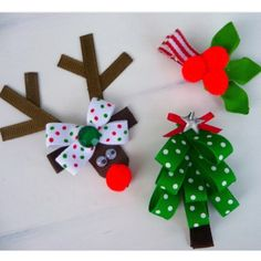 Christmas hair bows (no instructions here) - Hair Bows DIY Making Hair Bows, Diy Hair Bows, Diy Bow, Bow Hair Clips, Christmas Hair Bows, Christmas Crafts, Holiday Hair, Christmas 2014, Merry Christmas
