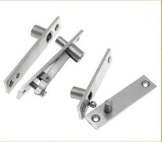 Brusso Straight Pivot Hinges Are Used For Full Coverage