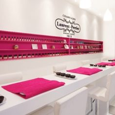 Spa-Kle Spa Experience Hen Party in Birmingham, champagne nail bar. Winner of the Pevonia 'Best Newcomer of the Year 2011/12', this exclusive Spa won't fail to amaze you and your senses.